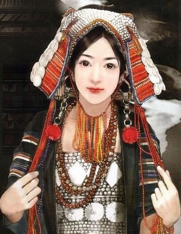 民族发型_哈尼族美女发型